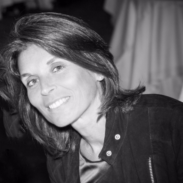 Portrait Caroline Deby, fondatrice de l'agence Celebrity&Co